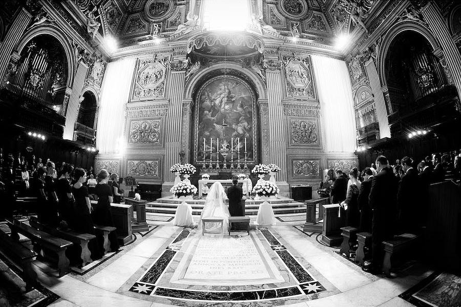 07_Getting-Married-in-San-Peter