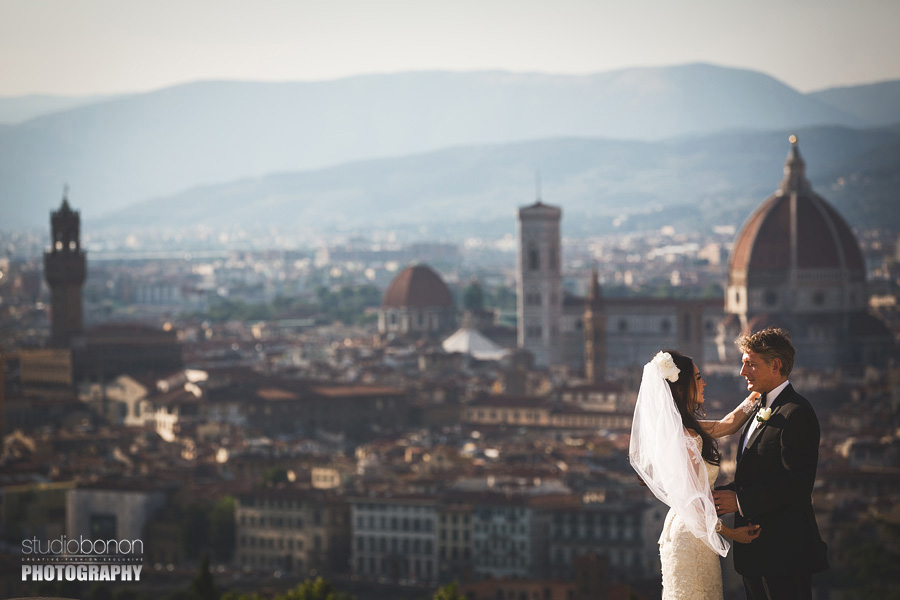 000-photojournalistic-photoshoot-bride-groom-florence