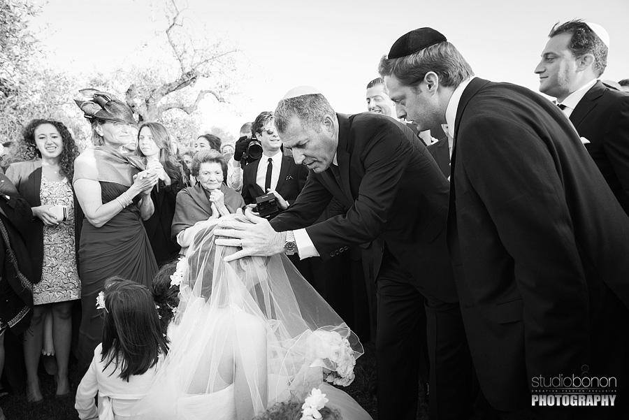 Matrimonio Ebraico Toscana : La storia del matrimonio ebraico di anouck gregory