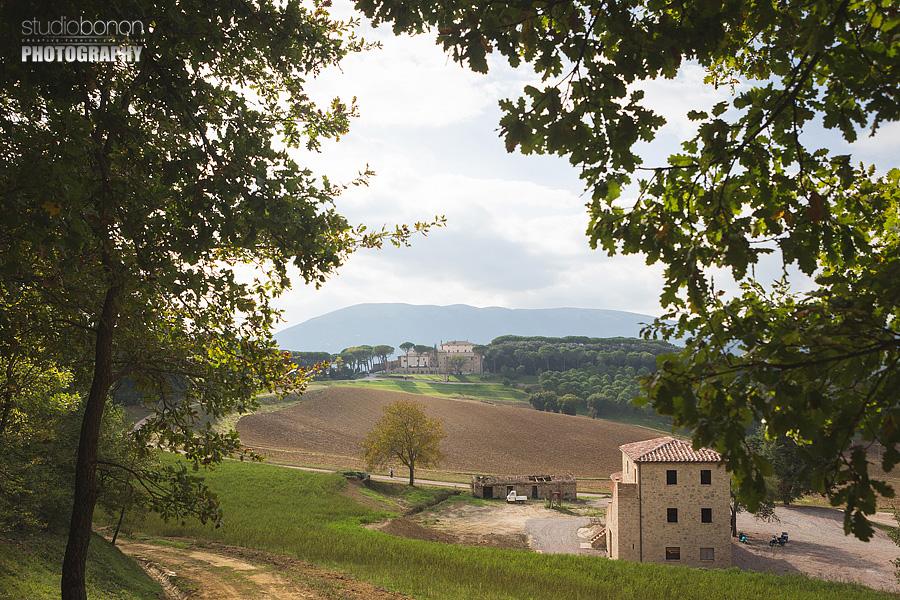 035-umbria-shire-wedding-solfagnano-castle