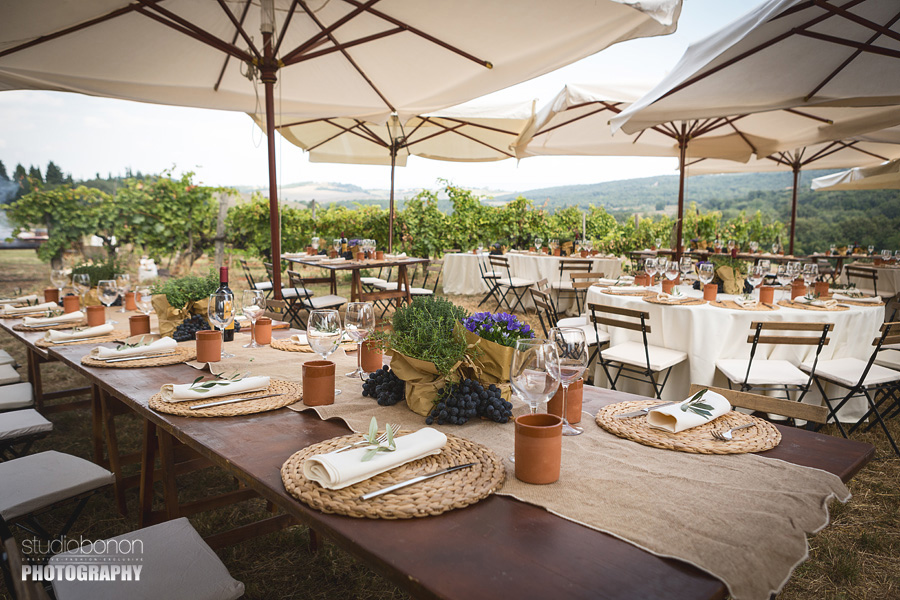 040-country-chic-settings-tuscany-villa