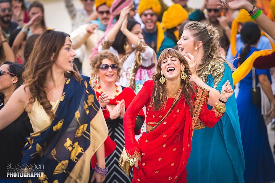 051-baraat-swagat-bolly-wedding-in-umbria-indian