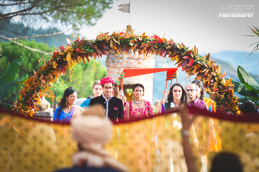 104-indian-bride-entrance-ceremony-first-look