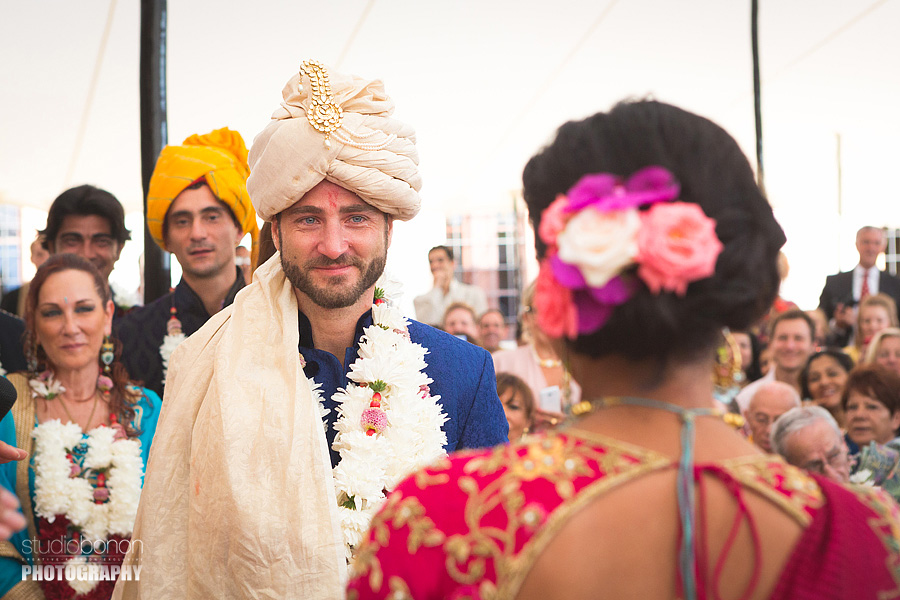 107-indian-bride-ceremony-first-look