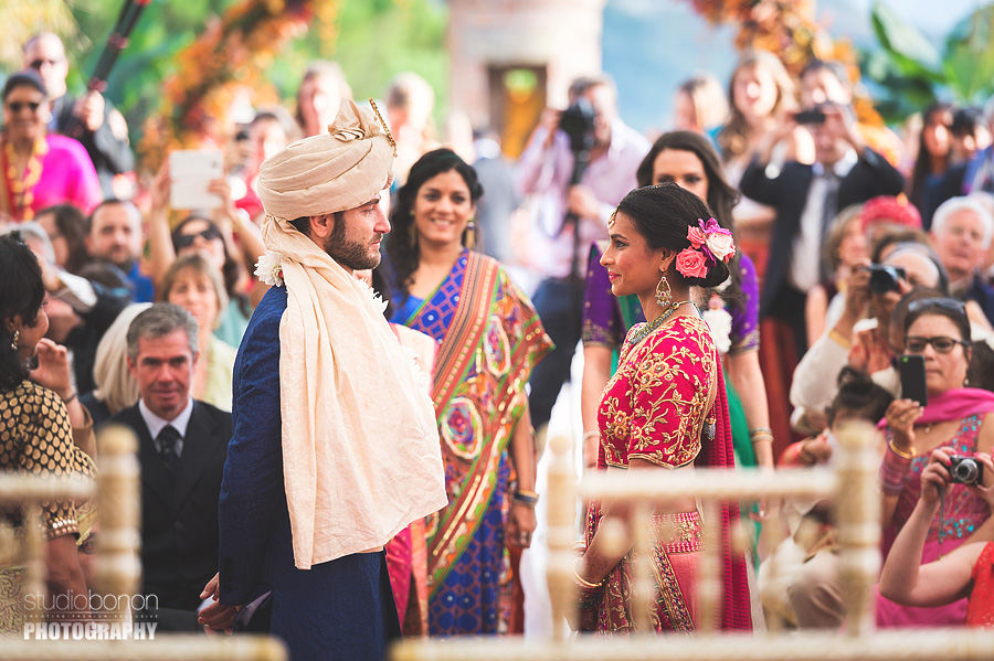111-indian-bridegroom-ceremony-first-look-emotion-tears