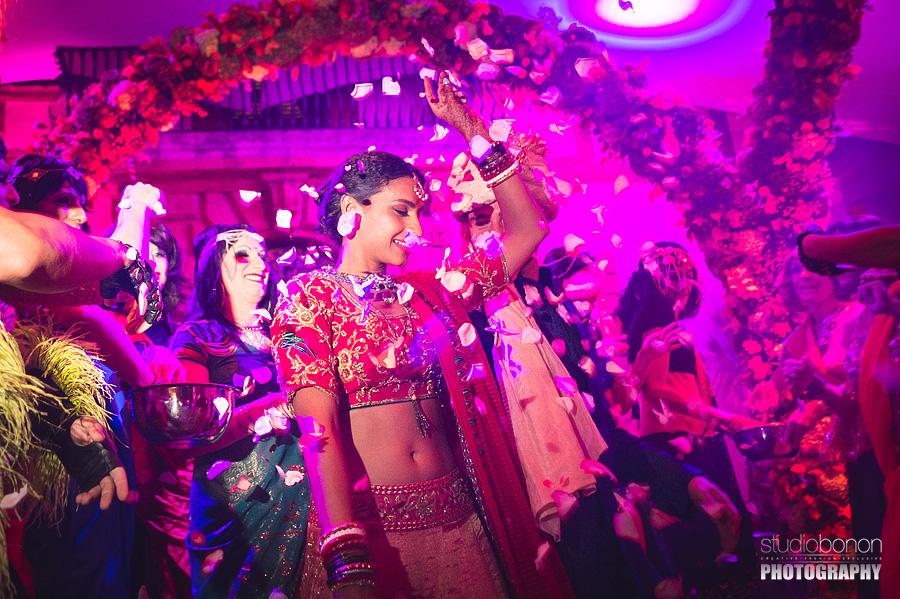 166-epic-wedding-party-in-solfagnano-castle-perugia