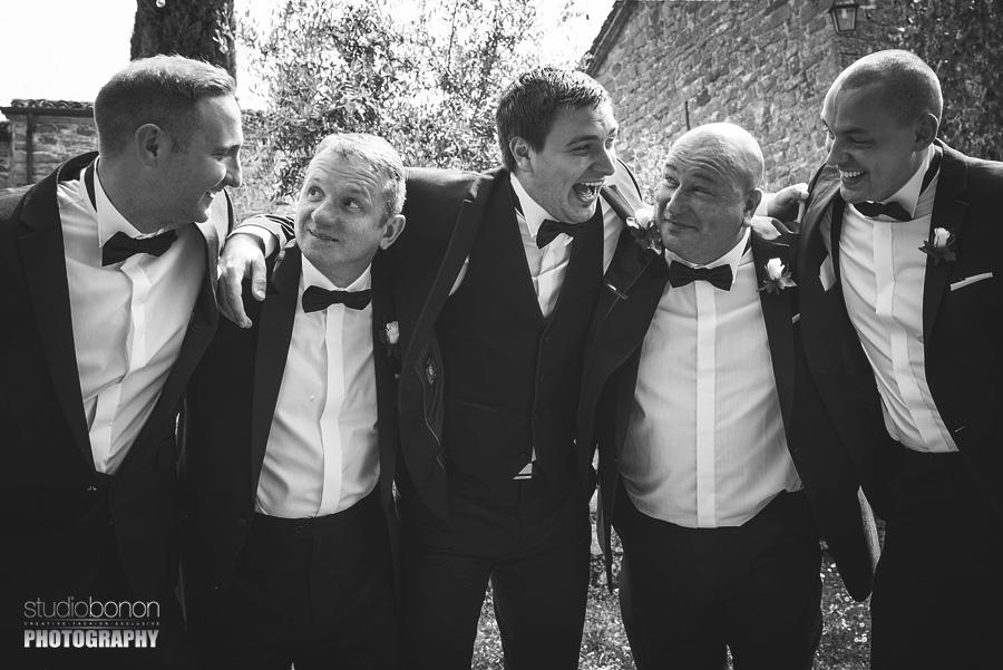 044-groom-s-men-party-wedding-in-borgo-san-biagio-tuscany