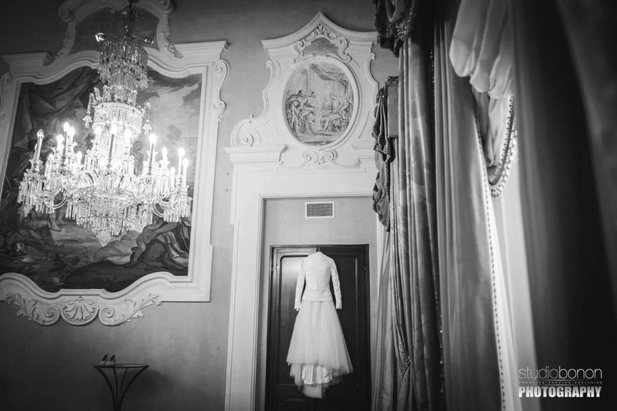 006-wedding-dress-gherardesca-ball-room-luxury-crystal-chandelier