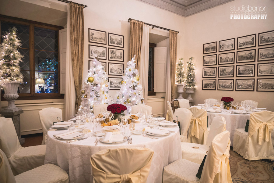 037-beautiful-luxury-dinner-room-sala-capponi-four-seasons-firenze