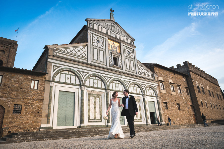 044-bride-and-groom-in-love-elopement-in-florence