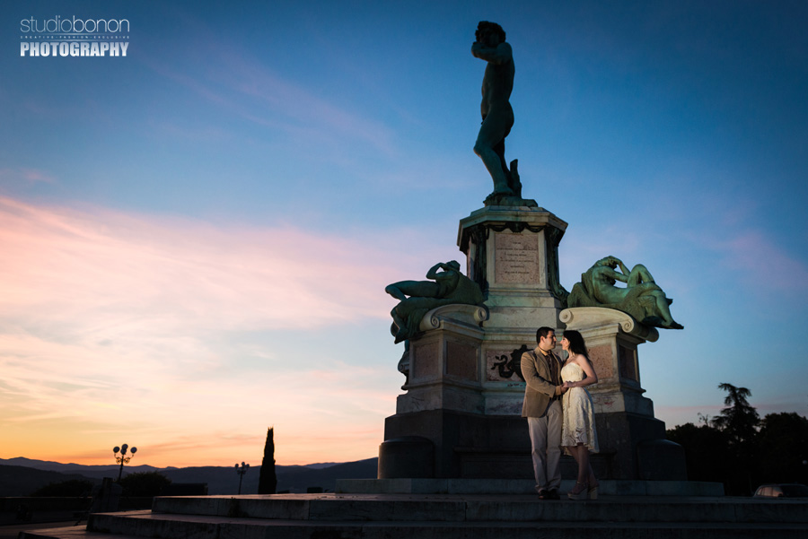 004-engagement-sunrise-at-florence-piazzale-michelagiolo