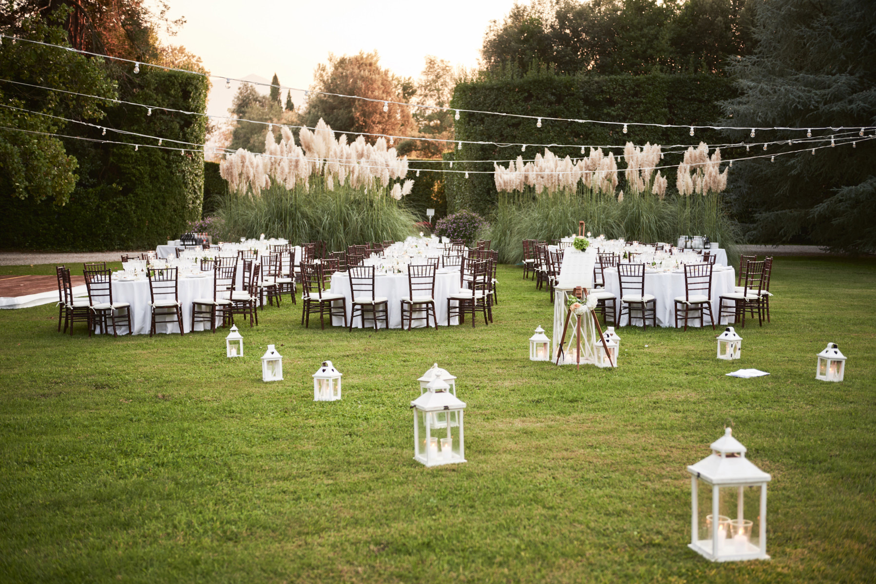 038-elegant-wedding-party-tuscany-villa-grabau