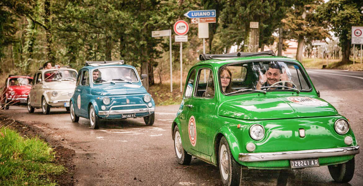 Turn into a real Italian for a day, with a Fiat 500 or Vespa tour around the beautiful Florence – and use that authentic experience as a perfect setting for your unique engagement photos! Make your holiday a memory to cherish forever, with these Italian icons!