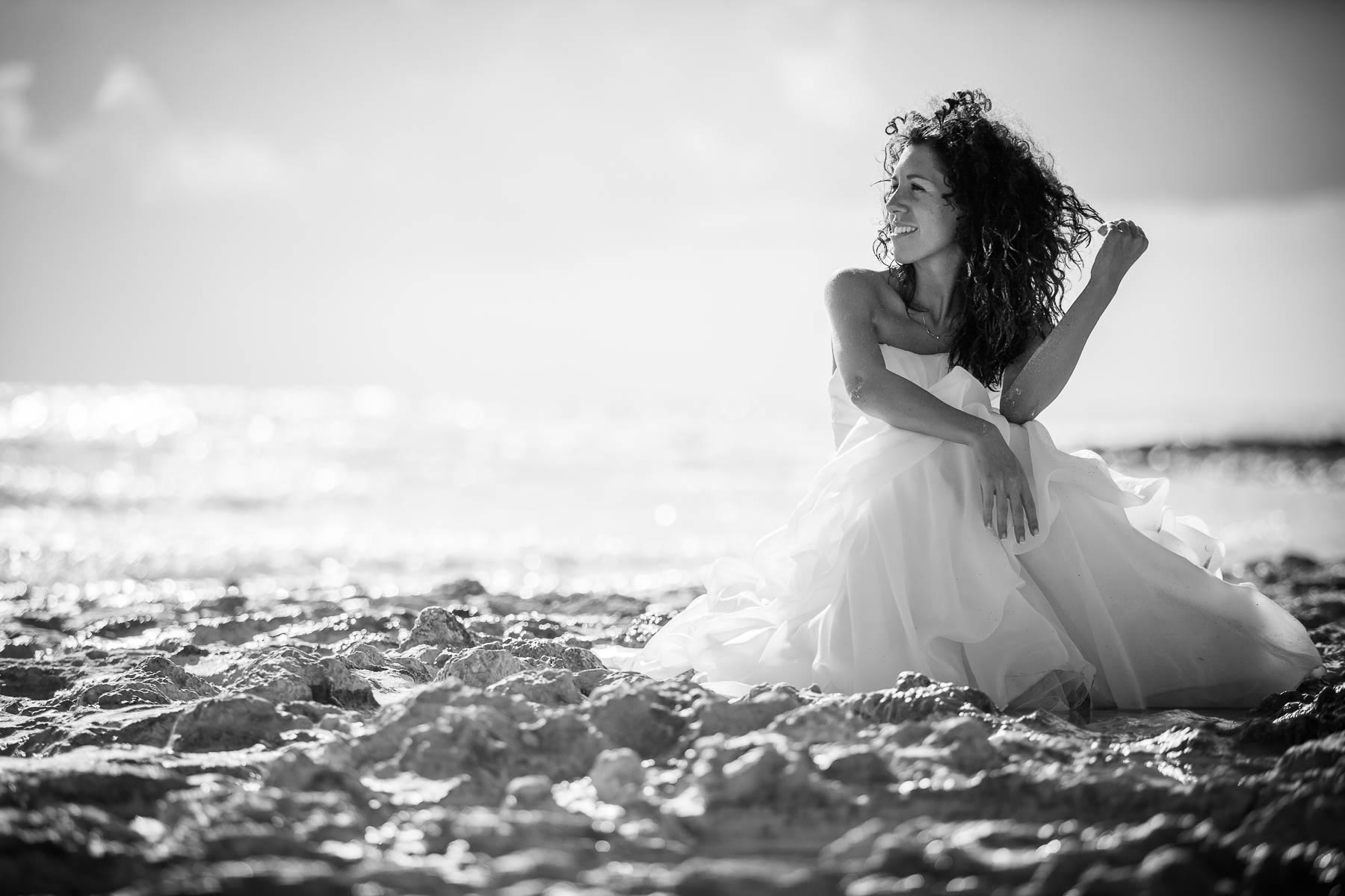 Beach Trash the dress experience in Tuscany