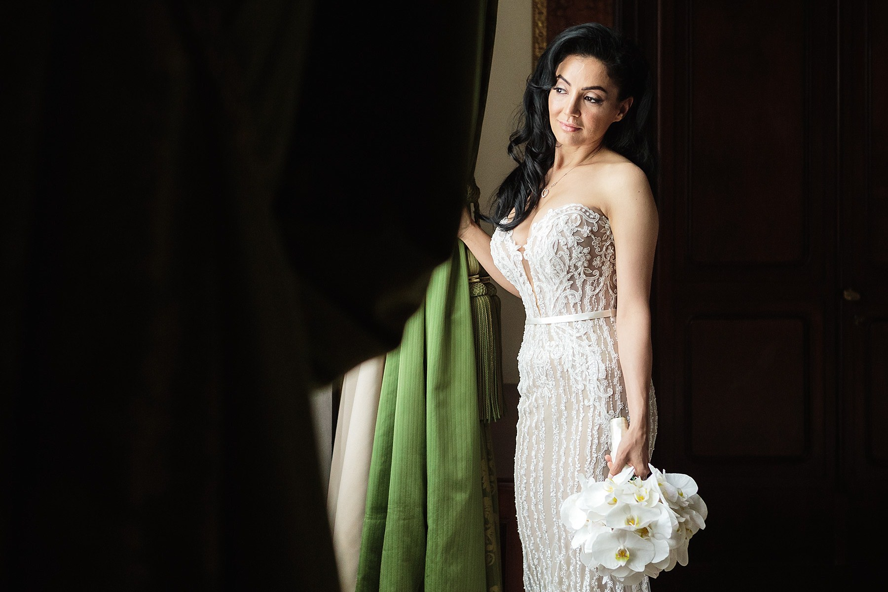 Bride Portrait Four Seasons Hotel Florence - Destination Wedding