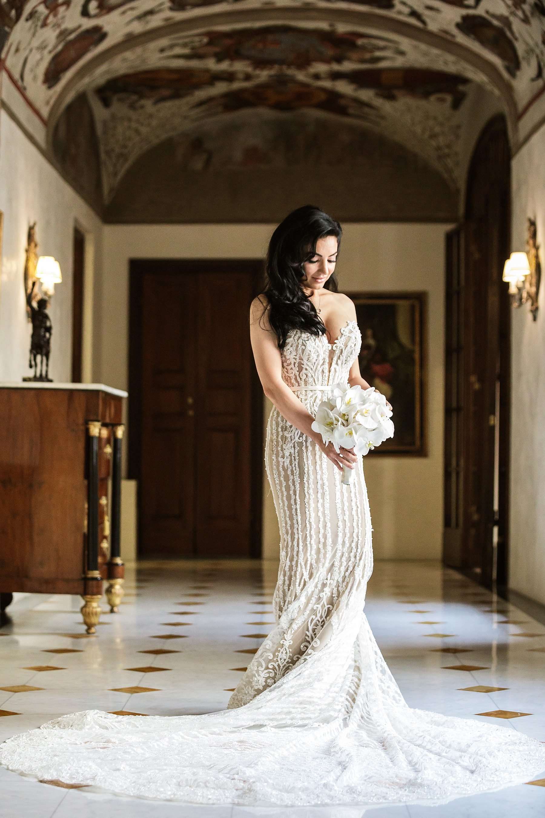 Bride portrait - destination wedding Four Seasons Florence