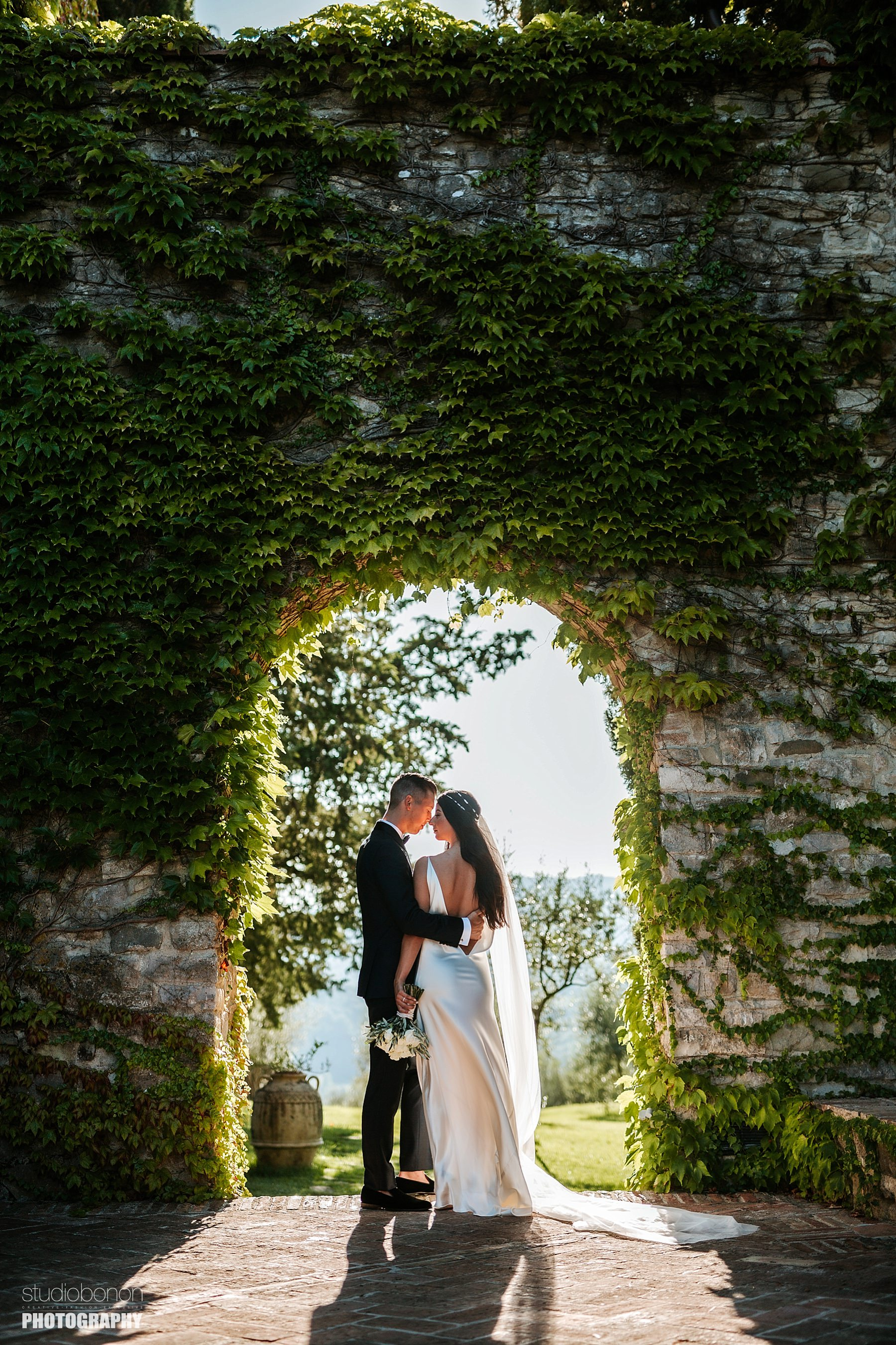 Bride and groom picture in beautiful light